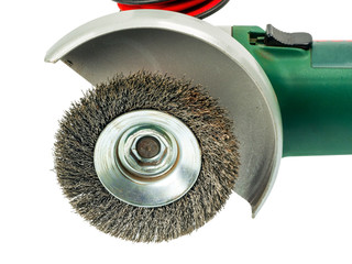 Angle grinder equipped with wire brush