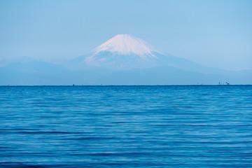 海と富士山(千葉県館山市方面から)