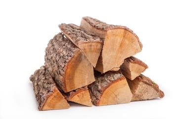 Feuerholz auf weissem Hintergrund - freigestellt