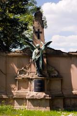 eine alte Engelsfigur vom Friedhof Pößneck