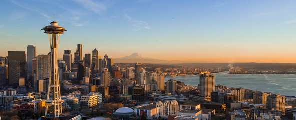 Fotomurales - Seattle Skyline at Sunset with Space needle