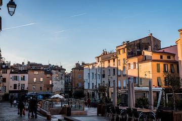 La place des Cardeurs à Aix en Provence