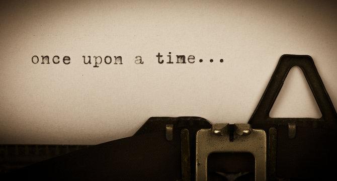 once upon a time... geschrieben auf alter Schreibmaschine