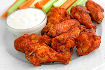 Foto auf Leinwand Sortiment Buffalo chicken wing appetizer plate
