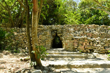 Exit of Tulum remains (front side)