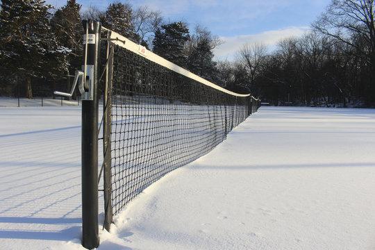 tennis net in snow