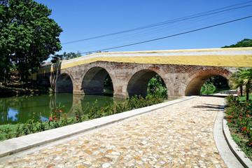 Puente Yayabo, Wahrzeichen von Sancti Spíritus