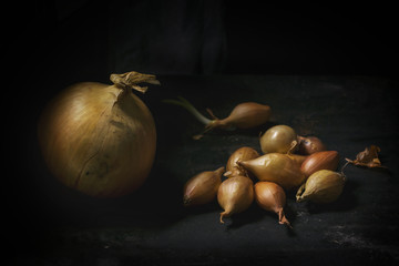 Big and little onions
