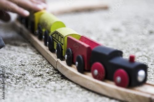 Trenino di legno per bambini
