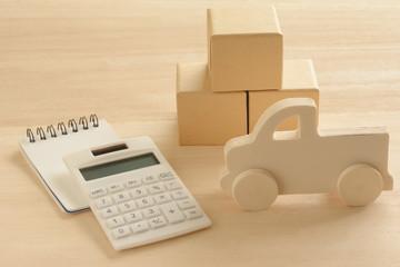 木製のトラック 電卓 箱