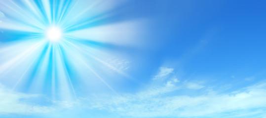 Sole nel cielo azzurro
