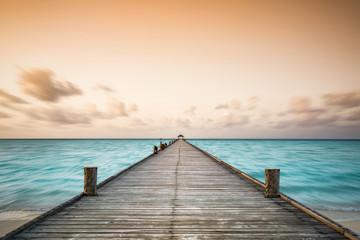 Steg auf den Malediven, Holiday Island, Dhiffushi