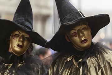 Maschere partecipanti al carnevale di Venezia