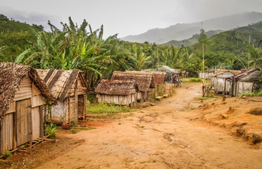 Small village in rural Madagascar Fototapete
