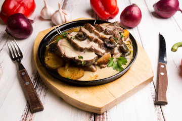 beef with potatoes and mushrooms