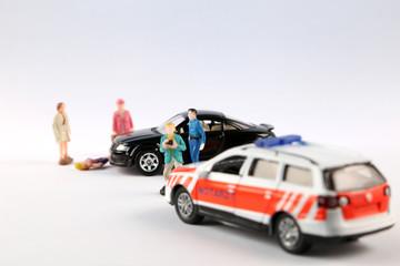 Schaulustige blockieren Rettungsdienst