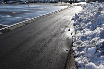 除雪後の駐車場