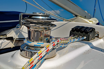 Capstan on sailboat
