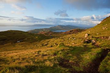 Foto auf Gartenposter Gebirge Old man of Storr, Scotland