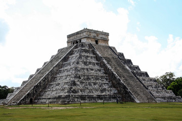 Mayan pyramid of Chichen Itza. Mexico.