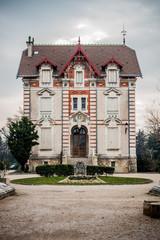 Le château Gaultier à L'Isle-sur-la-Sorgue