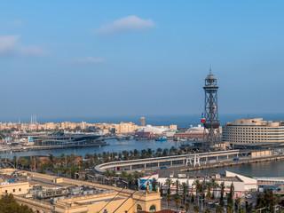 Barcelona, Spanien. Hafen mit Seilbahn