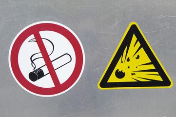 Sign danger of explosion, do not smoke