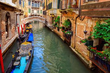 Türaufkleber Gondeln Canal with gondola in Venice, Italy