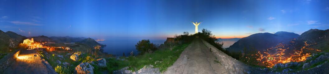 Maratea, panorama notturno a 360° con statua del Redentore