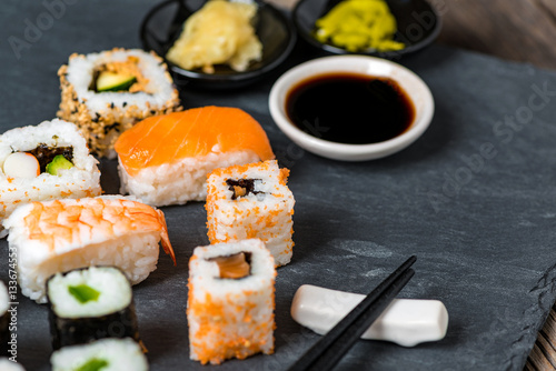 sushi japanisches essen di t fisch stock photo and royalty free images on. Black Bedroom Furniture Sets. Home Design Ideas