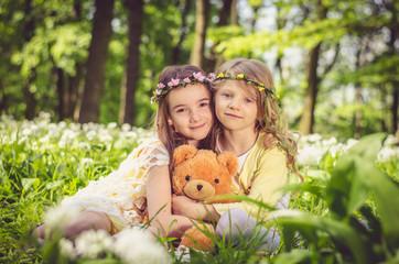 children with teddy-bear