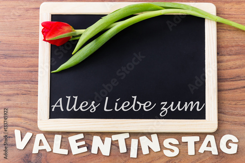 valentinstag tafel zum beschriften stockfotos und. Black Bedroom Furniture Sets. Home Design Ideas