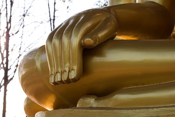 Close-hand Buddha.