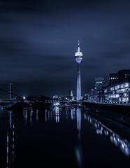 Skyline Düsseldorf schwarz-weiß