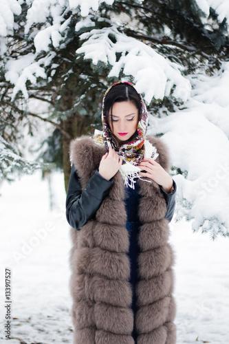 kak-krasivo-foto-zimoy-devushek-intimnoe-foto-moey-znakomoy