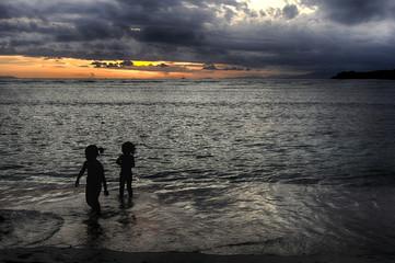 Sunset on the ocean, cloud sun, sea breeze, Silhouettes at sunset.