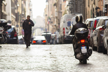 scooter a Roma