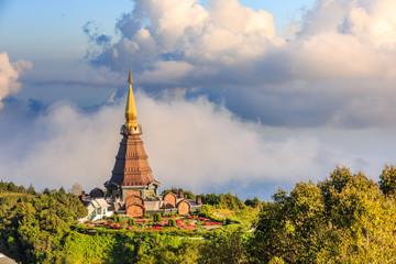Phra Maha Dhatu Nabha Metaneedol