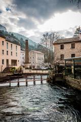 Fontaine-de-Vaucluse et la Sorgue