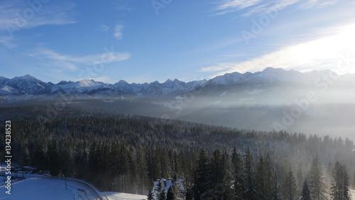 winter in the mountains fotolia com の ストック写真とロイヤリティ