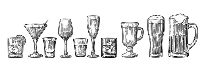 Set glass beer, whiskey, wine, tequila, cognac, champagne, cocktails, grog. Wall mural