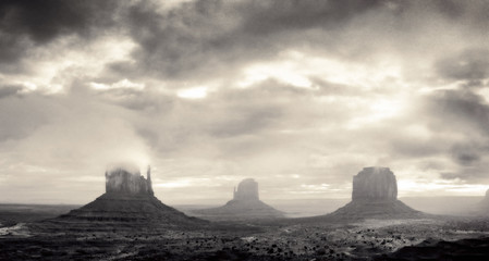 Scenic view of Monument Valley, Arizona, USA.