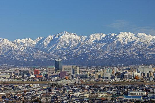 絶景の富山市街地