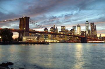 Printed kitchen splashbacks Brooklyn Bridge Sunset over a Manhattan.
