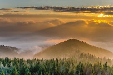 Obraz Gorce,Lubań zachód słońca. - fototapety do salonu
