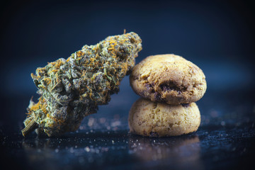 Cannabis nug over infused chocolate chips cookies - medical mari