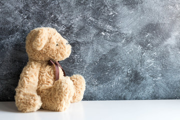 Cute teddy bears sitting on  background for valentine