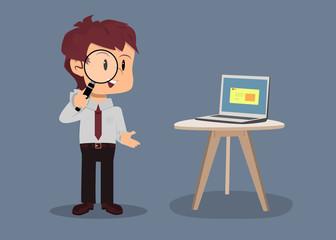 Empleado de oficina con lupa hablando de optimización para motores de búsqueda en junta de negocios Fototapete