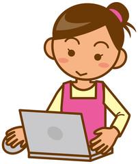 主婦 上半身 ノートパソコンを操作するイメージイラスト