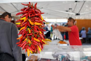 Paprika am Markt einkaufen